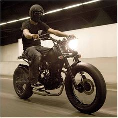 Nice Scrambler style.    Anyone know more about the bike?  Post a comment.