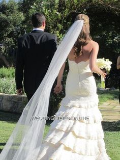 Long Veil cathedral or chapel length... LOVE THE DRESS!!!!!!!!!