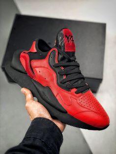 5e6e391732964 ADIDAS Y-3 Kaiwa Chunky Sneakers