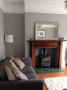 ideas for bedroom green grey walls farrow ball Living Room Grey, Home Living Room, Living Room Decor, Bedroom Decor, Bedroom Green, Grey Room, Cottage Living, Bedroom Ideas, Fireplace Surrounds