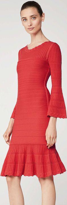 Hervé Léger S/S '18. Herve, Knitwear Fashion, Black White Red, Knit Skirt, Red Carpet, Wonderland, Knitting, Formal Dresses, Skirts
