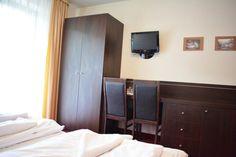 Willa Halka pokoje gościnne w centrum Zakopane góry Tatry wakacje Armoire, Furniture, Home Decor, Clothes Stand, Decoration Home, Room Decor, Wardrobe Closet, Home Furniture, Interior Design