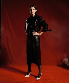See the complete Carmen March Fall 2017 Ready-to-Wear collection.