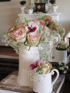 .Gorgeous flowers and containers.