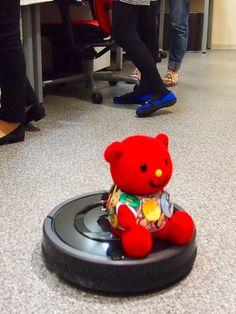 Bizbear on the Roomba