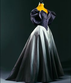 """Evening dress, by Charles James, ca. 1958. Phoenix Art Museum ❤️❤️ Gah! I just adore Charles James """