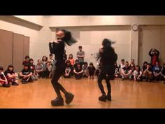Wow! These Two Japanese Girls Bring Voguing To Next Level
