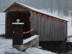 Smith Covered Bridge, SE of Hurricane, Putnam Co, WV--www.dalejtravis.com