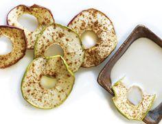 Apple and banana chips with cinnamon taste like a treat!