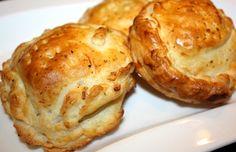 I tomini in crosta usateli come antipasto ma anche come secondo piatto.