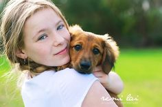 portrait pose with pet. I think I need to do this with my Nina!