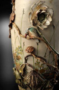 the detail of ceramic vase by MIYAGAWA Kozan (1842-1916), Japan 宮川 香山