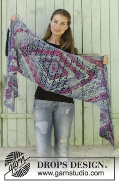 15 new ideas crochet shawl poncho drops design- 15 Poncho Au Crochet, Pull Crochet, Bonnet Crochet, Crochet Shawls And Wraps, Crochet Beanie, Crochet Scarves, Crochet Clothes, Free Crochet, Crochet Hats
