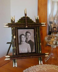 """""""BLAZING STAR MEMORIES"""" Twig Easel Back Picture Frame. Adorn your cherished photo with this exquisite willow frame. Our very own design swing twi Twig Furniture, Adirondack Furniture, Country Living Decor, Back Pictures, Bent Wood, Country Crafts, Easel, Rustic Style, Bookends"""