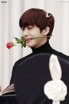 FY MONSTA X Hyungwon