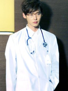 Lee Jong Suk on (Doctor Stranger) Korean Celebrities, Korean Actors, Korean Dramas, Celebs, Lee Min Ho, Lee Jong Suk Doctor Stranger, Lee Jung Suk, Jung So Min, Handsome Actors