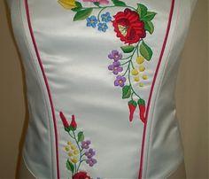 Fűzők kézi hímzéssel Hand Embroidery, Hands, Womens Fashion, Dresses, Style, Hungarian Embroidery, Gowns, Women's Fashion, Dress