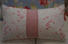 Hey, I found this really awesome Etsy listing at https://www.etsy.com/listing/50611156/cottage-mini-roses-linen-pillow