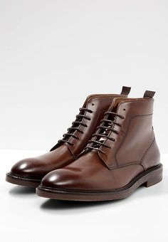 Shoesamp; Home Boots 66 Best 2019Shoe In BootsAt Gym Images Ybgf6yv7