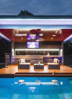60 Summer Pool Bar Ideas to Impress Your Guests. Related posts: 60 Summer Pool Bar Ideas to impress your guests. – … Ideas to spice up your summer BBQ (featuring a gourmet burger bar Outdoor Bar Ideas Outdoor Bar And Grill, Diy Outdoor Bar, Outdoor Pool, Bar Piscina, Piscina Hotel, Pool Bar, Diy Außenbar, Modern Outdoor Kitchen, Outdoor Kitchens
