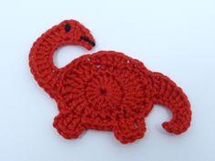 Crochetar Applique Vermelho Dinossauro Brontossauro -  /    Crochet Applique Red Brontosaurus Dinosaur -