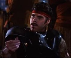 ron perlman es ZENO - 1984- en la parodia de ciencia ficciòn GUERREROS DEL ESPACIO