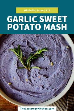or Orange! Use your favorite sweet potatoes for this SUPER GARLICKY mashed sweet potatoes!Purple or Orange! Use your favorite sweet potatoes for this SUPER GARLICKY mashed sweet potatoes! Paleo Sweet Potato, Sweet Potato Recipes, Purple Potato Recipes, Purple Sweet Potatoes, Mashed Sweet Potatoes, Fall Recipes, Holiday Recipes, Healthy Recipes, Holiday Ideas