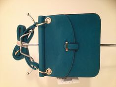 Turquoise swing pack