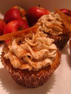 Ninas kleiner Food-Blog: Apple Cinnamon Cupcakes with Mascarpone Frosting