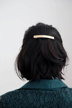 A sleek bar barrette to keep your tresses in place. Perfect for a romantic or classy touch. A sleek bar barrette to keep your tresses in place. Perfect for a romantic or classy touch. Modern Hairstyles, Braided Hairstyles, Easy Hairstyle, Japanese Hairstyles, Hairdos, Asian Hairstyles, Hairstyle Ideas, Layered Hairstyles, Redhead Hairstyles