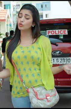 Beautiful Girl Photo, Beautiful Girl Indian, Most Beautiful Indian Actress, Indian Actress Hot Pics, Indian Actresses, Kajal Agarwal Saree, Beautiful Bollywood Actress, Beautiful Actresses, Pakistani Models