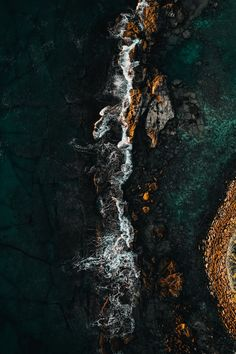 aerial photography of body of water during daytime photo – Free Nature Image on Unsplash Ed Wallpaper, Beste Iphone Wallpaper, Abstract Iphone Wallpaper, Ocean Wallpaper, Watercolor Wallpaper, Homescreen Wallpaper, Iphone Background Wallpaper, Apple Wallpaper, Scenery Wallpaper