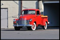 '49 chevy truck, walls and wood extended bed height