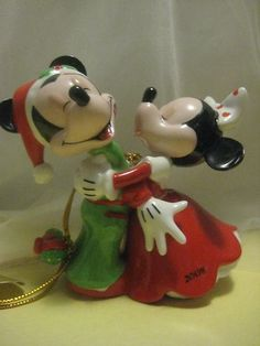 Bradford Editions Disney Christmas Morning Mickey Minnie Mouse Ornament 2008