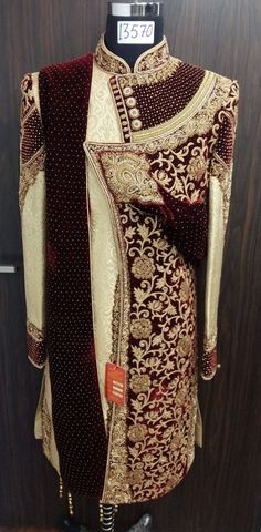 Men's Sherwani 2018 Sherwani For Men Wedding, Wedding Dresses Men Indian, Wedding Outfits For Groom, Sherwani Groom, Wedding Dress Men, Wedding Suits, Mens Ethnic Wear, Indian Groom Wear, Mens Wool Coats