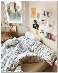 Cheap And Lovely Room Decor Ideas. Here are the Room Decor Ideas. This article about Room Decor Ideas was posted under the Bedroom category by our team at May 2019 at am. Hope you enjoy it and don& forget to share this post. Small Bedroom Designs, Small Bedrooms, Girl Bedrooms, Design Bedroom, Hippie Bedrooms, Dorm Design, Decorating Walls In Bedroom, Zebra Bedrooms, Cool Teen Bedrooms