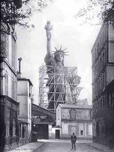 june 17, bartholdi's statue of liberty arrives in nyc from france in 1885