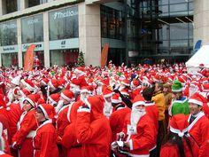Weihnachtsmänner in Hamburg