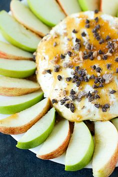 Salted Caramel Apple Cheesecake Dip