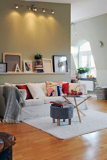 Nice things!: Floating art - Τέχνη στα ράφια   #homedecoration #homedecorationideas # floatingart #artwork #art #paintnings #livingroom #decoration
