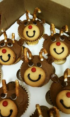Reindeer Cupcakes...taking these to G's school party