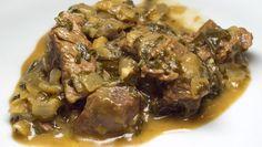 Rindfleisch mit Spinat (Dilli ka saag gosht - jedenfalls beinahe)