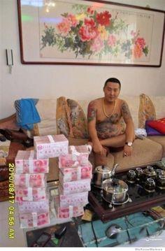 Stolen chinese gangster cellphone photos