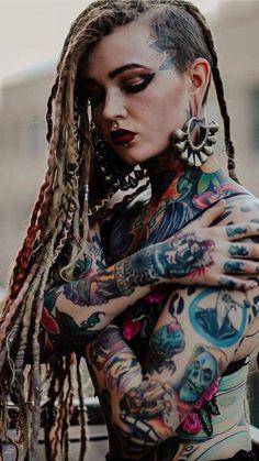 Pin on Tattoo/Hair/Piercing Exotic Girls Hot Tattoos, Body Art Tattoos, Girl Tattoos, Tattoos For Women, Tattooed Women, Hot Tattoo Girls, Tattoed Girls, Inked Girls, Tatuajes Amy Winehouse