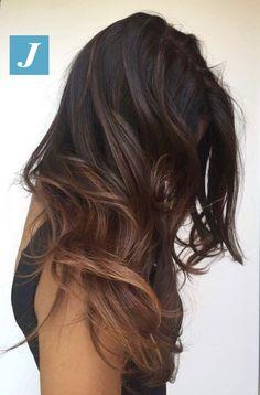 Lascia che i tuoi capelli abbiano la libertà di esprimersi _ Degradé Joelle e Taglio Punte Aria #cdj #degradejoelle #tagliopuntearia #degradé #igers #musthave #hair #hairstyle #haircolour #longhair #ootd #hairfashion #madeinitaly #wellastudionyc