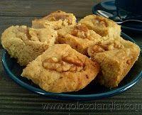 Bizcocho galletas de nuez Fácil receta casera paso a paso  http://www.golosolandia.com/2013/09/bizcocho-galletas-de-nuez.html