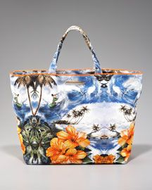 Catch a wave with Stella McCartney's tropical paradise tote, and it's eco-friendly!