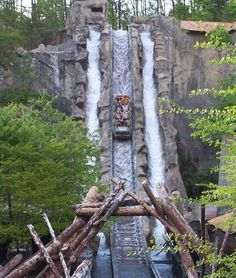 Dollywood, Pigeon Forge, Tennessee, USA #waterrides #dollywood