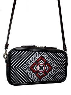 Kožená vyšívaná kabelka do ruky i na rameno FANCY Louis Vuitton Twist, Leather Crossbody, Shoulder Bag, Embroidery, Bags, Cross Body, Needlework, Handbags, Totes