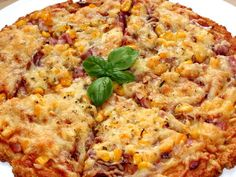 Túró alapú fitt pizza | Alajuli receptje - Cookpad receptek Diet Recipes, Cooking Recipes, Healthy Recipes, Winter Food, Italian Recipes, Macaroni And Cheese, Clean Eating, Food And Drink, Yummy Food